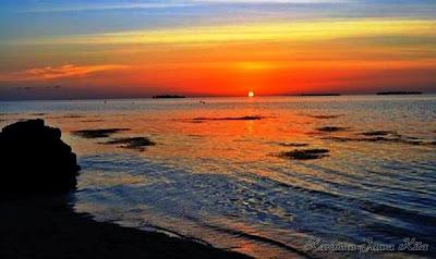 sunset di pantai tanjung gelam karimun jawa