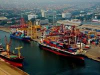 Perbedaan Pelabuhan dan Dermaga yang Mendasar