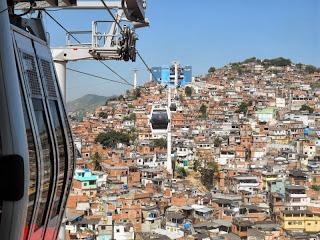 Dicas de turismo Rio de Janeiro teleférico no Complexo do Alemão
