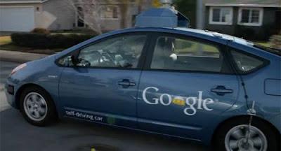 Deficiente visual testa carro com piloto automático