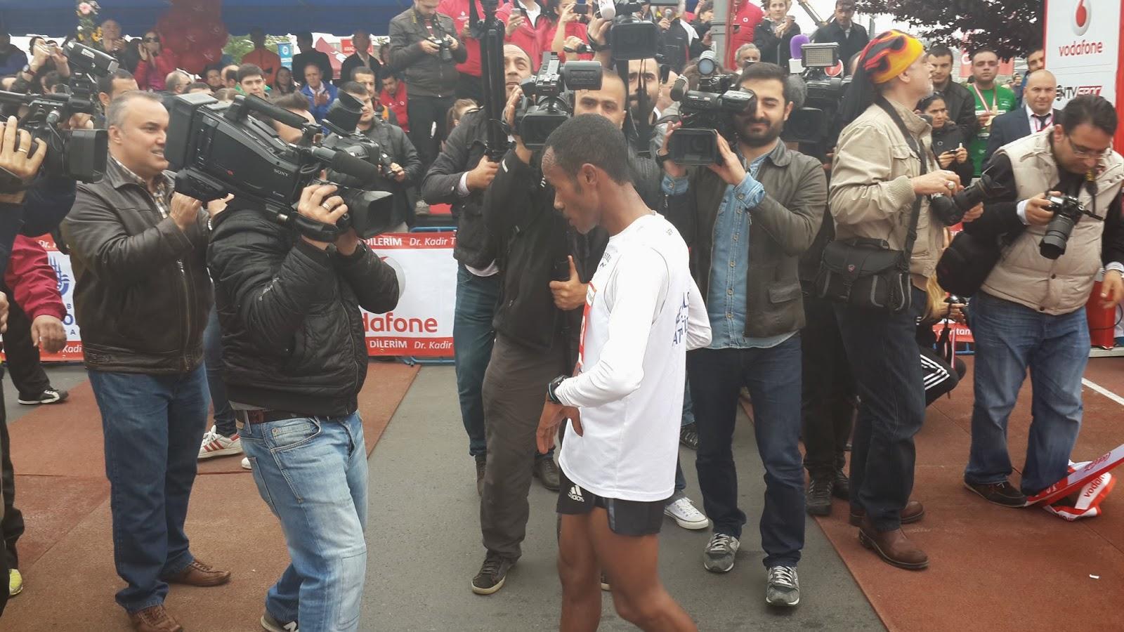 Yarı İstanbul Maratonu 2014 Nisan Fetene Alemu regasa
