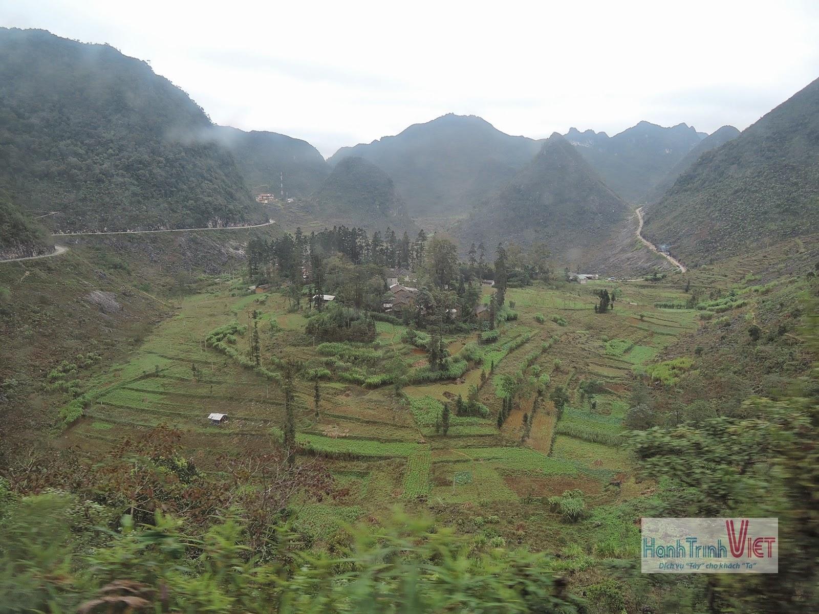 Khám phá Cao Nguyên Đá Đồng Văn, Hà Giang