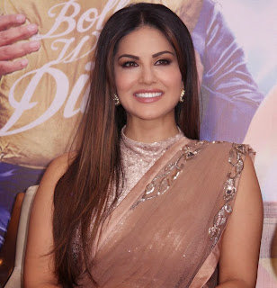 Sunny Leone Looks Stunning in Saree at Kuch Kuch Locha Hindi Movie Promotion in Delhi