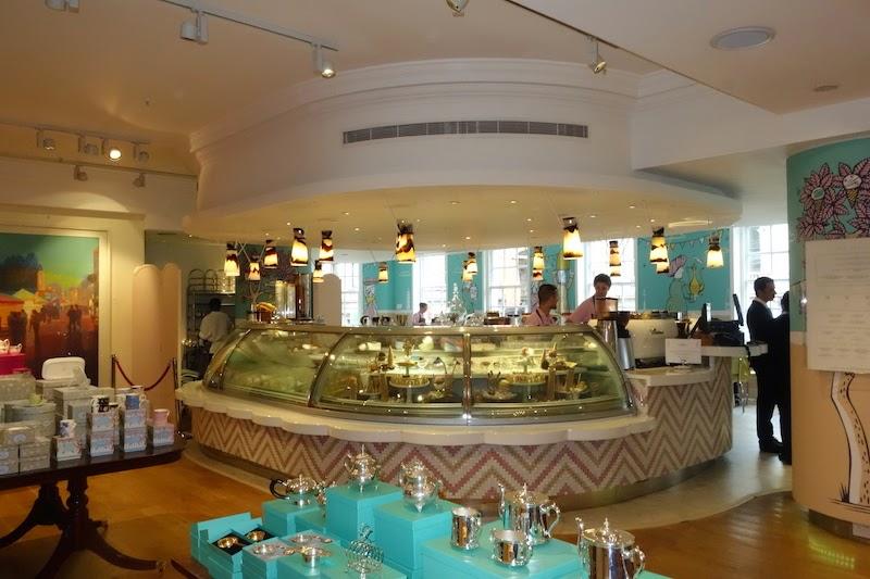 Ice Cream Parlour In Restaurant Uk