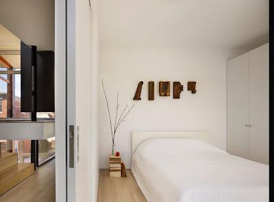 Ruang Tidur Warna Putih