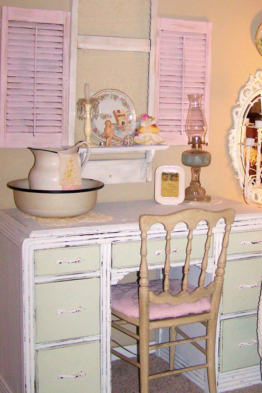 olivia 39 s romantic home painted white dresser makeover. Black Bedroom Furniture Sets. Home Design Ideas