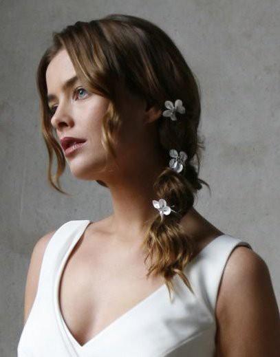 absolutely beautiful bridal hair