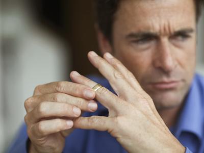 Το Διαζύγιο έχει Σοβαρές Επιπτώσεις στην Υγεία των Ανδρών, Νέα Έρευνα