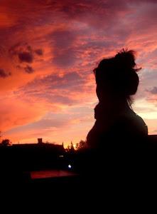 no importa que tan intensa sea la oscuridad... siempre va a amanecer.