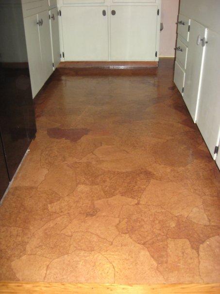 Margarete arquitetando piso revestido de saco de papel for Economical flooring options