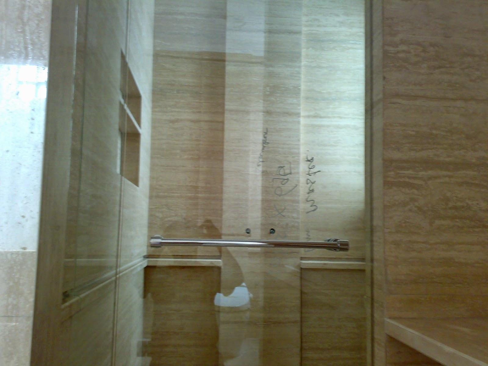 marmer trafertine untuk kamar mandi