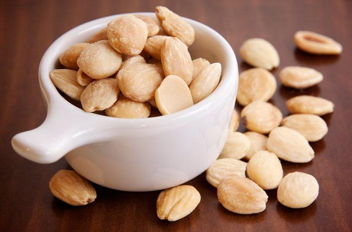 Almendras, raciones recomendadas, calorias, snack saludable