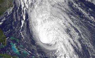 Hurrikan RAFAEL Bermuda aktuell, Bermudas, Rafael, Sturmwarnung, aktuell, Satellitenbild Satellitenbilder, Vorhersage Forecast Prognose, Oktober, 2012, Atlantische Hurrikansaison, Hurrikansaison 2012,