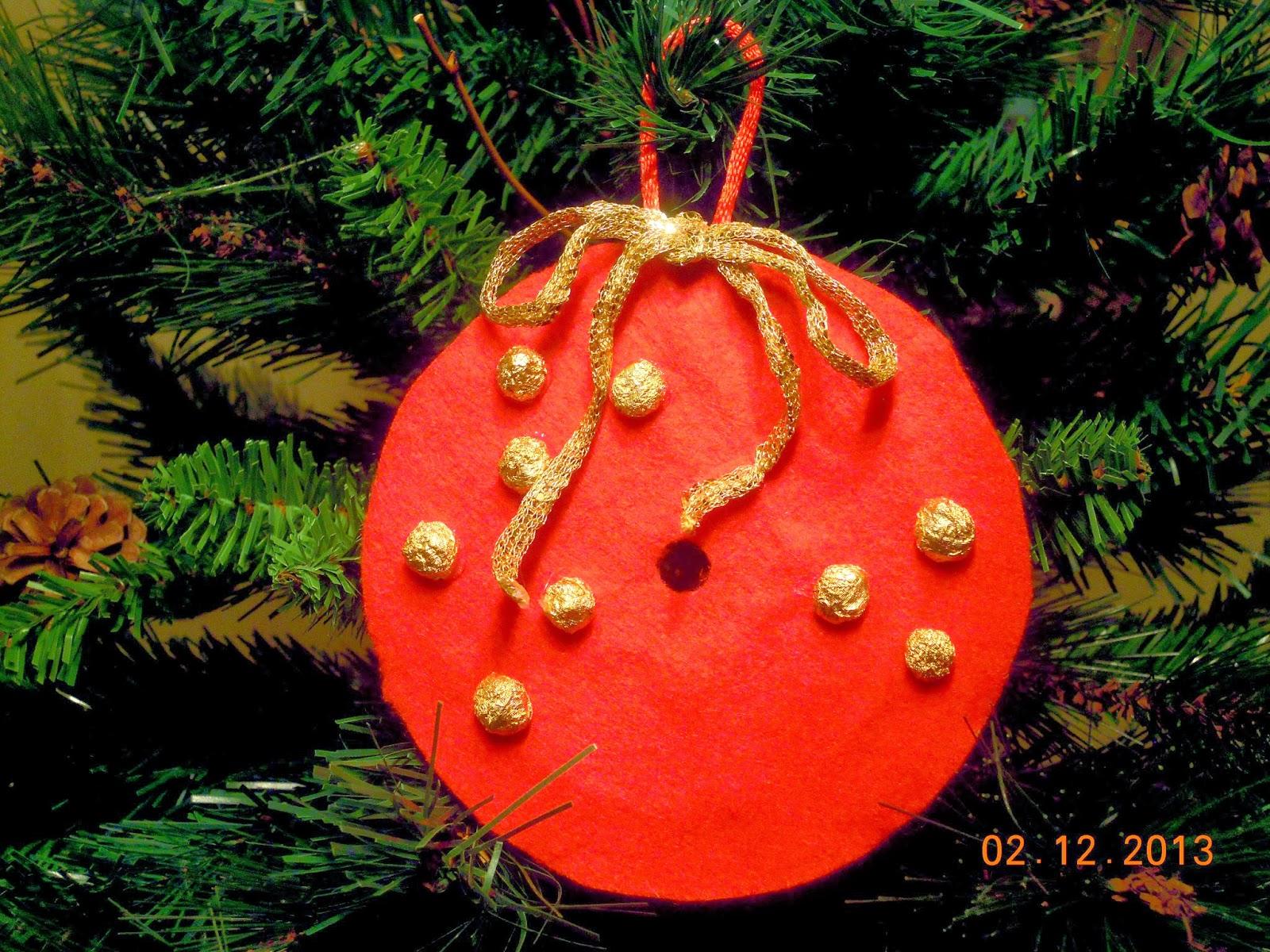 Adornos para el rbol de navidad reciclando cds for Adornos arbol navidad online