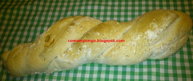 pan de masa madre y semillas de sesamo