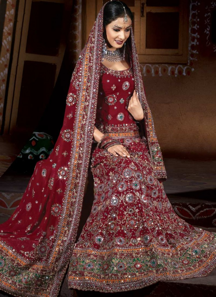 New girls fashion trend paki and indian bridal saree for Sari inspired wedding dress