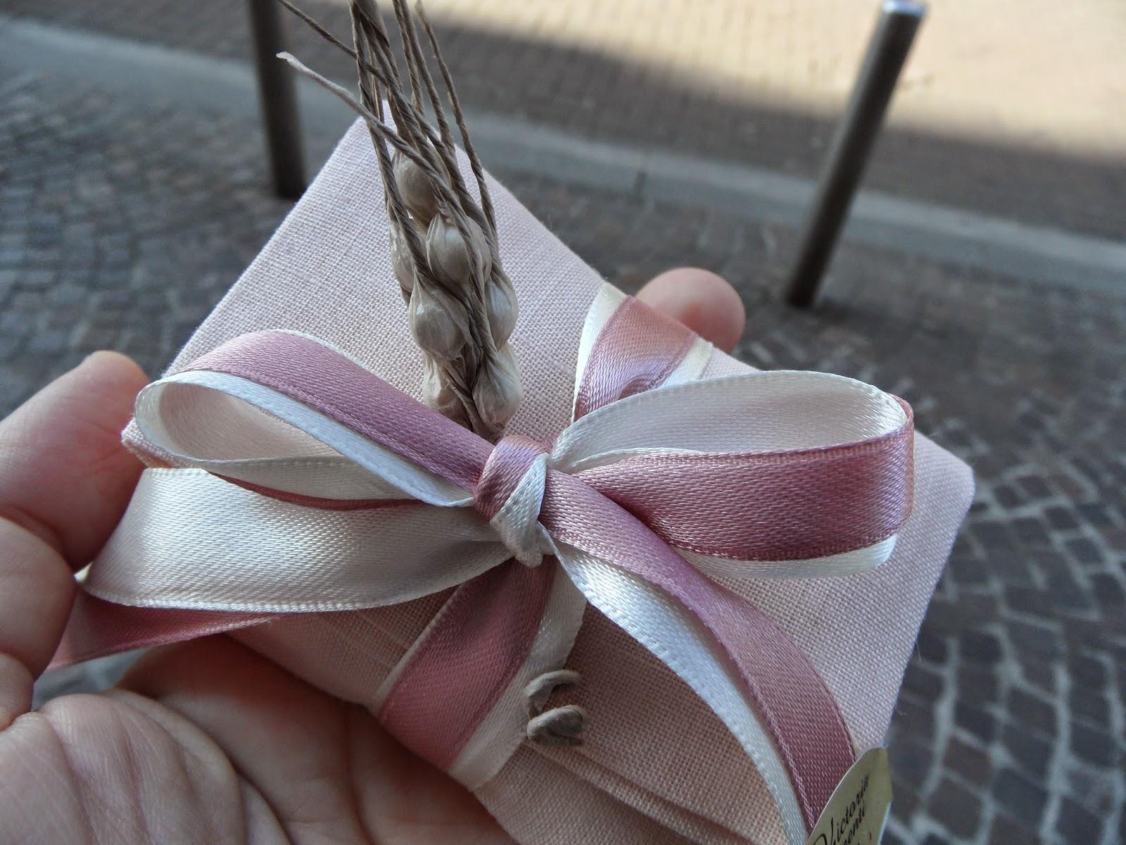Eccezionale Bomboniere per Amore: Idee Comunione Bimba Sacchetto lino color  GN25