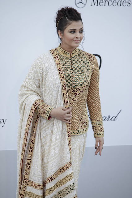 Aishwarya indian saree