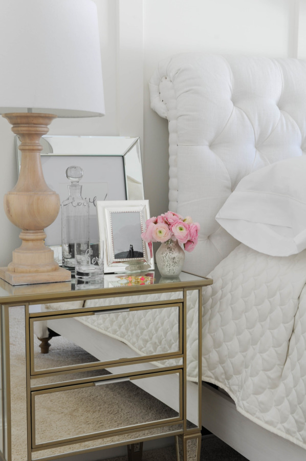 Wall Decor Using Mirrors : Mirror on the wall using mirrors in your decor