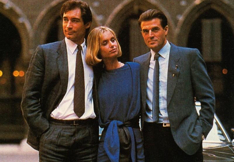 Jeroen Krabbé presenteert niet The Voice, maar had wel een rol naast 007!