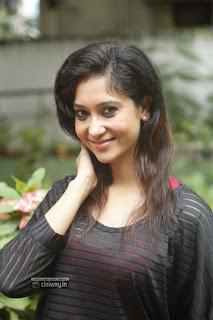 Actress-Sindhu-Affan-New-Stills