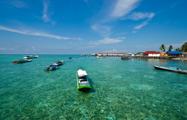 DERAWAN ISLANDS,INDONESIA