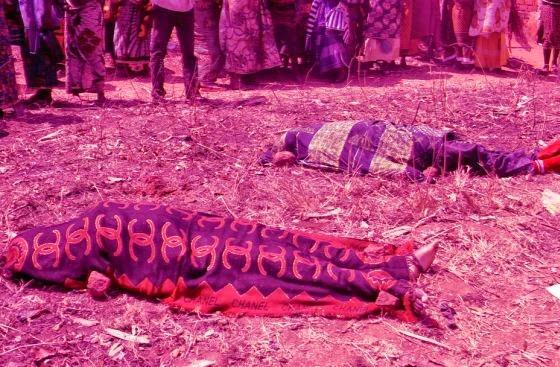 Basi la Super Feo Lagonga mti na Kupinduka huko Songea.Wawili