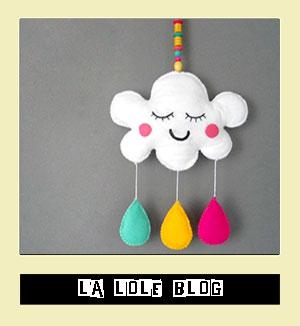 http://laloleblog.blogspot.it/2013/05/mi-nube-de-fieltro-de-colores.html