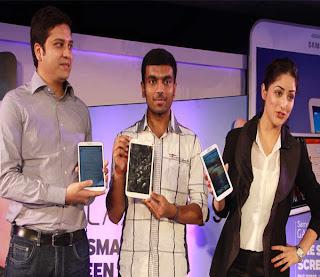 Yami Gautam Unveil the Samsung Galaxy Tab 3 in Delhi