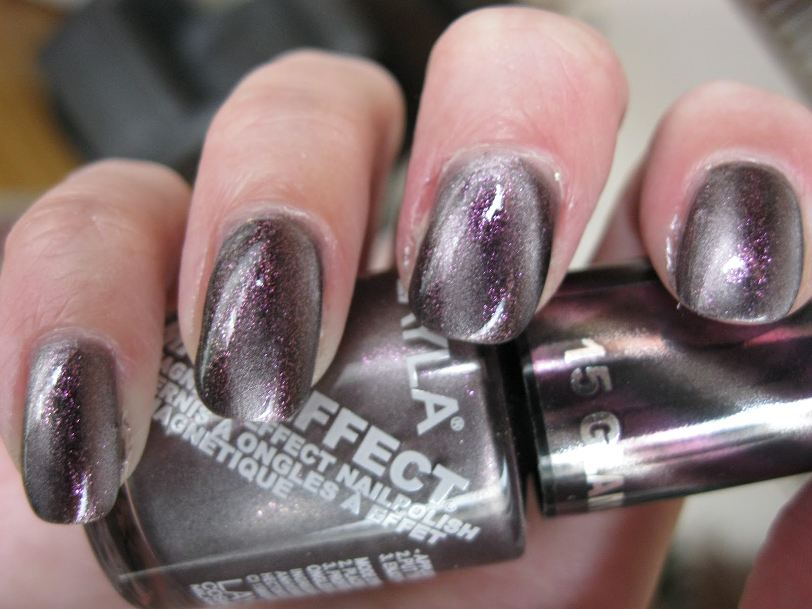 The Lacquer Tracker: Layla Magneffect Glamour Lilac / China Glaze ...
