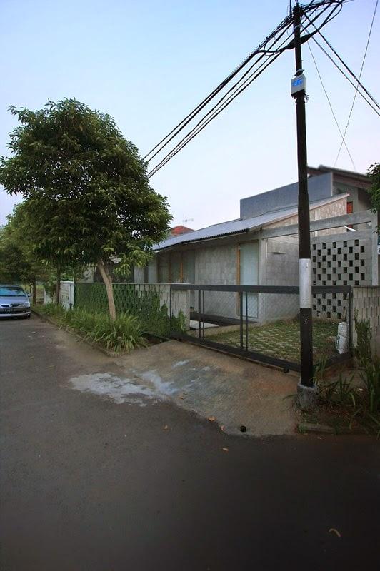 desain-bangunan-rumah-sederhana-modern-kompak-murah-ruang dan rumahku-003