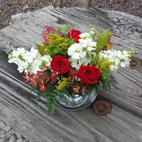 http://atlantaflowerbar.bloomnation.com/atlanta-flower-bar/romantic-garden-bouquet.html