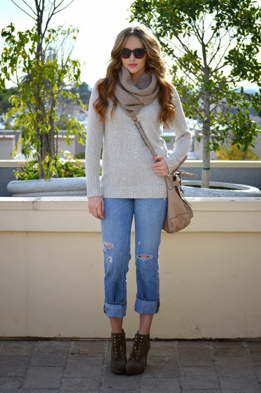 Sequin Sweater-LA style blogger- Winter Outfit- Old Navy Boyfriend Jeans-Golden Divine Blog