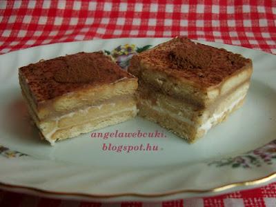 Édes tejfölös kekszes sütemény, sütés nélküli süti recept, citromaromával vagy rumaromával, kakaóporos szívvel a tetején.