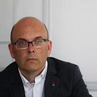 Gonzalo Garrido (Bilbao, 1963) es escritor y consultor de comunicación. Durante su trayectoria profesional ha vivido en Estrasburgo y Bruselas en distintas ... - gonzalo%252Bgarrido