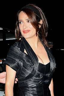 salma hayek night out style d usse vip lounge at the on the run tour in pasadena 7.jpg