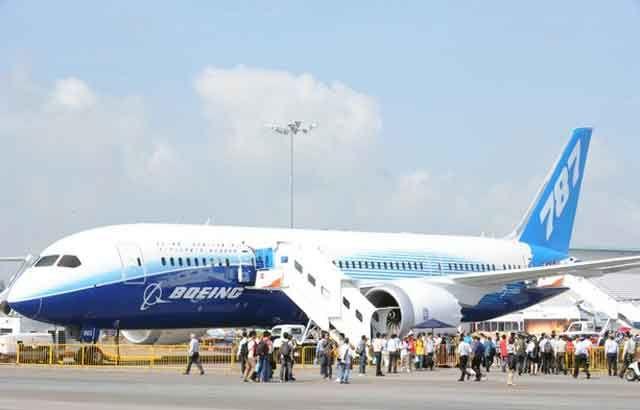 Kikka video aterriza 787 boeing dreamliner interior for Interior 787 aeromexico
