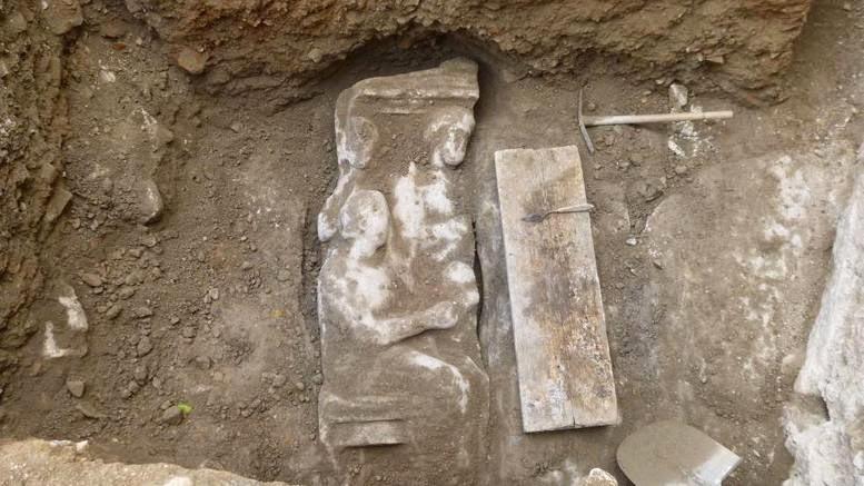 επιτύμβια στήλη Κεραμεικός Γερμανικό Αρχαιολογικό Ινστιτούτο