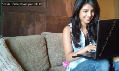 priyanka chopra beautiful house, priyanka chopra house hot sexy bikini pictures, priyanka chopra home, priyanka chopra unseen pictures, priyanka chopra with her laptops, priyanka chopra ranbir kapoor akshay kumar actors, priyanka chopra family father mother brother sister
