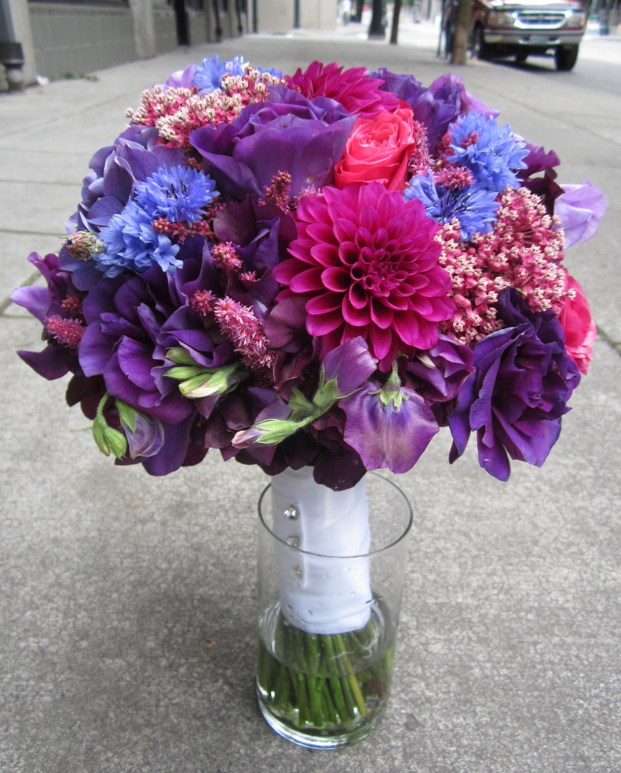 Sammys flowers wedding style purple bouquets wedding style purple bouquets izmirmasajfo