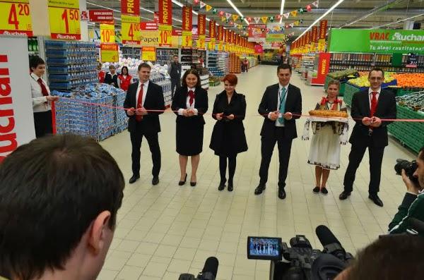 Auchan Craiovita isi deschide portile