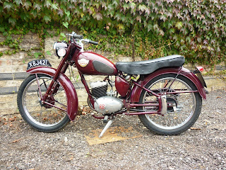 The Royal Enfield Ensign 150 cc  Ensign 150 cc 1956–1967 150 cc two-stroke engine.