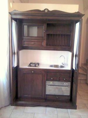 Boiserie c la cucina nell 39 armadio for Imperio arredamenti