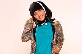 Foto Fatin Tanpa Jilbab atau Kerudung