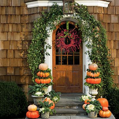 Always wear lipstick front door beauty - Front door thanksgiving decorating ideas ...