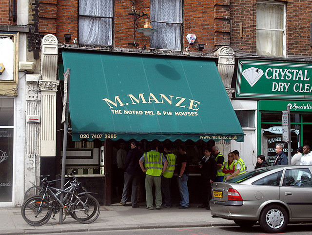 Manze+Eel+and+Pie+House+Bermondsey