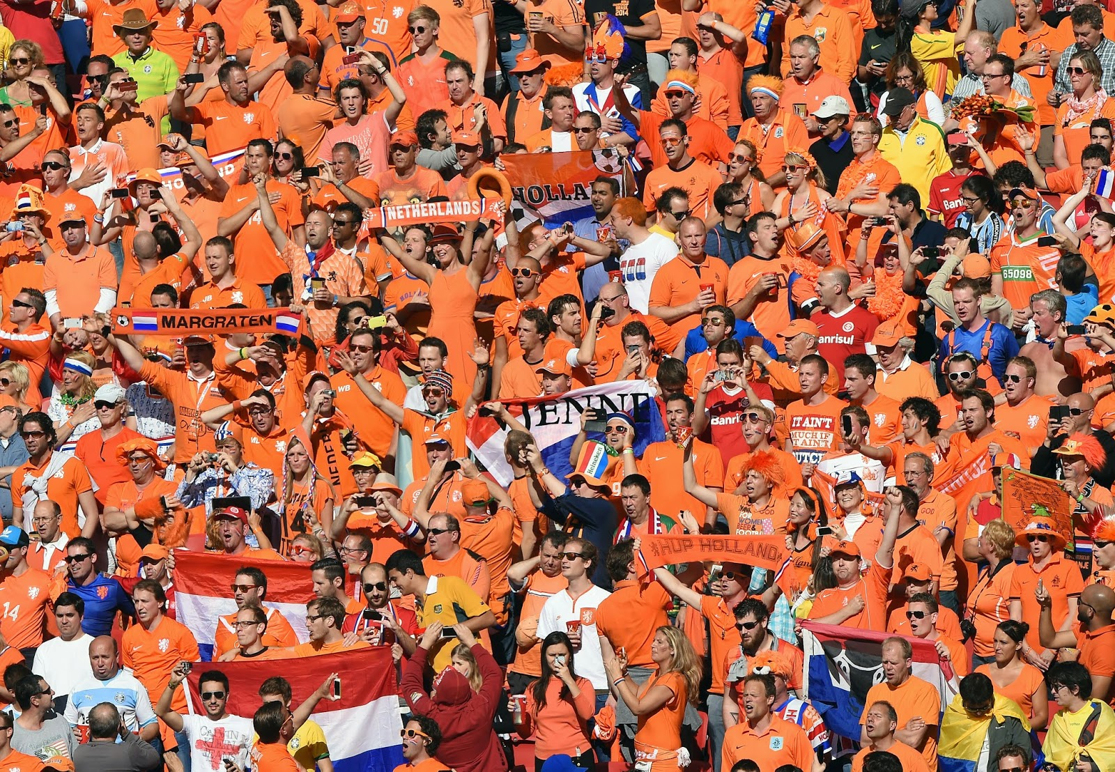 Ange Postecoglou, Arjen Robben, Australia Match, Australia vs Netherlands, FIFA World Cup, FIFA World Cup 2014, Group B, Louis van Gaal, Memphis Depay, Netherlands Match, Robin van Persie, Tim Cahill,