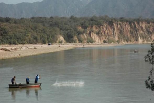 Construir n lagunas artificiales en el r o pilcomayo for Construir laguna artificial