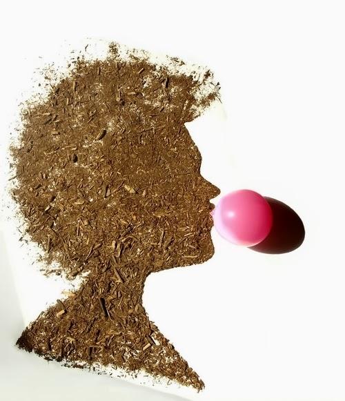 07-Woman-with-Bubblegum-Photographer-Illustrator-Sarah-Rosado-Dirt-Art-Dirty-Little-Secrets-www-designstack-co