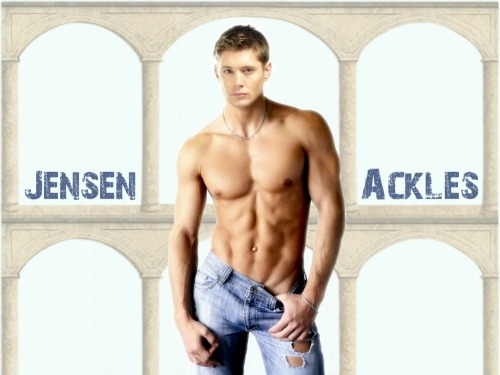 Jensen Ackles shirtless